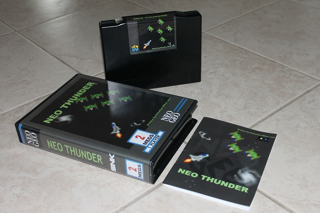 [Image: neothunder_neo_geo_aes_cartridge1.jpg]