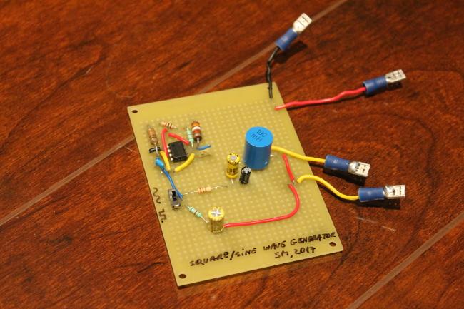 Sebastian Mihai - Electronic circuits - square wave vs  sine wave